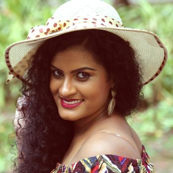 Anubudu Piyathuma - Kaveesha Sarangi